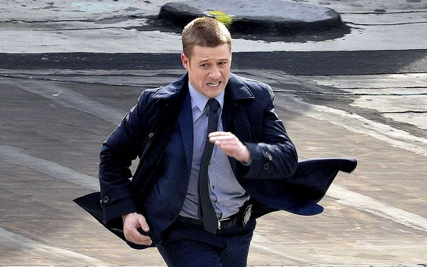 Benjamin McKenzie playing Jim Gordon during on location filming for Gotham