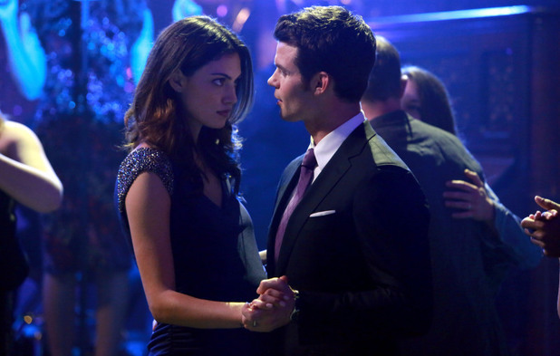 Phoebe Tonkin as Hayley and Daniel Gillies as Elijah in The Originals S01E17: 'Moon Over Bourbon Street'