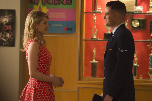 Dianna Argon as Quinn & Mark Sailing as Puck in Glee: '100'