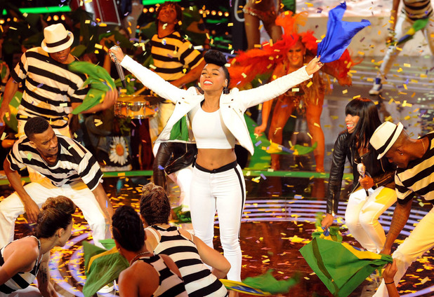 Janelle Monae performs on American Idol