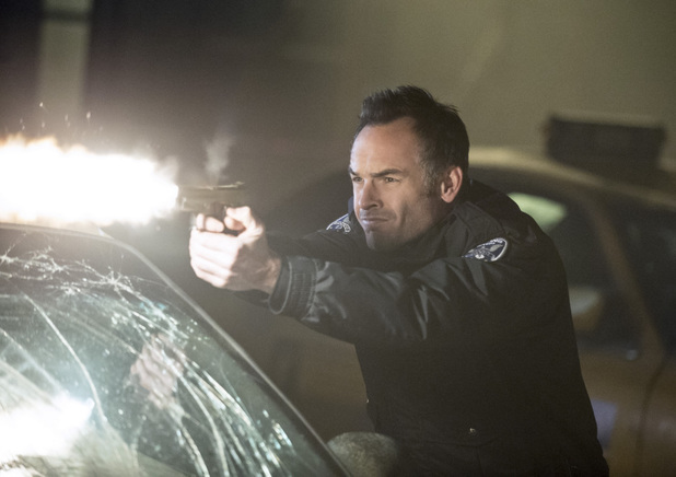 Paul Blackthorne as Quentin Lance in 'Arrow' S02E17: 'Birds of Prey