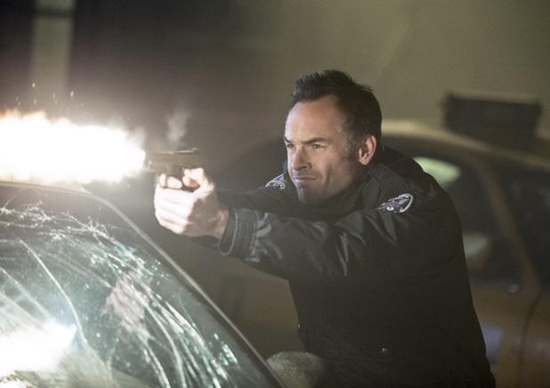 Paul Blackthorne as Quentin Lance in 'Arrow' S02E17: 'Birds of Prey