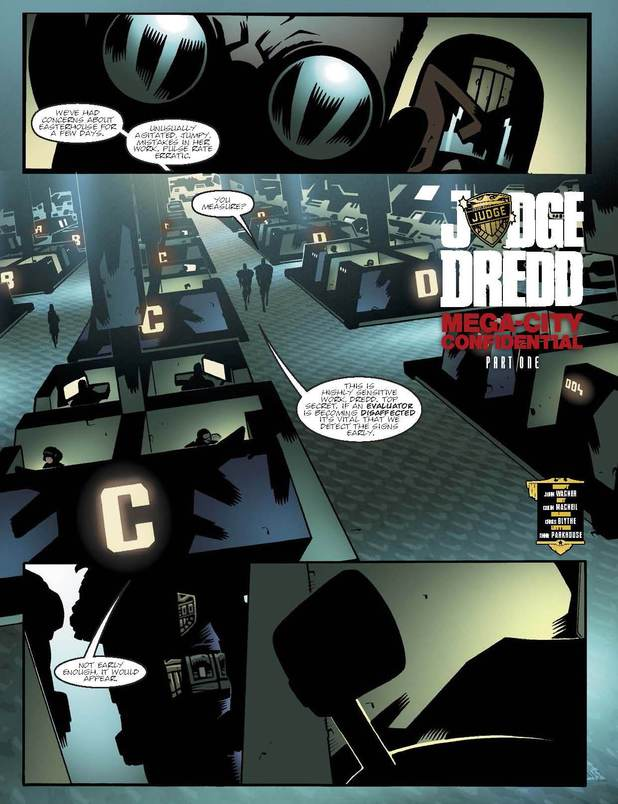 2000 AD Prog 1874: Judge Dredd - Mega-City Confidential