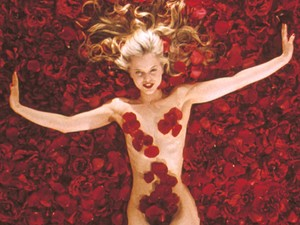 Mena Suvari in American Beauty - 1999