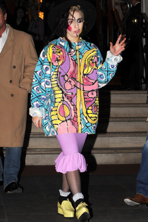 LONDON, UNITED KINGDOM - DECEMBER 06: Lady Gaga pictured leaving her hotel on December 6, 2013 in London, England. (Photo by SAV/FilmMagic)