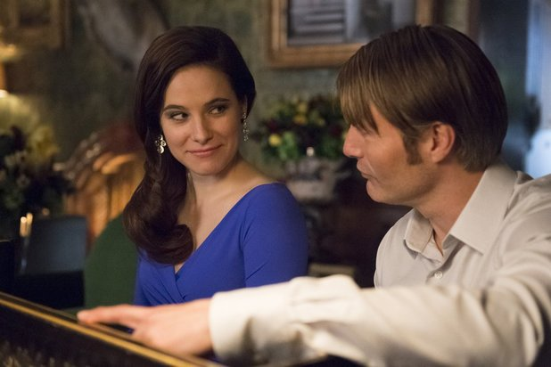 Caroline Dhavernas and Mads Mikkelsen in Hannibal episode 6 'Futamono'