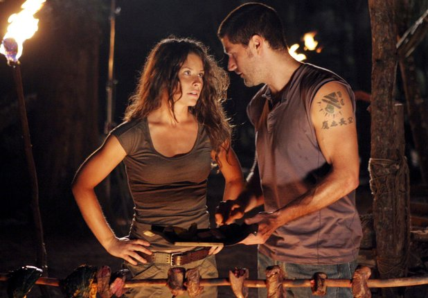 Evangeline Lilly as Kate & Matthew Fox as Jack in Lost