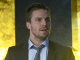 Stephen Amell as Oliver Queen in 'Arrow' S02E18: 'Deathstroke'