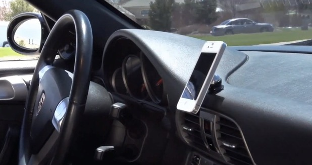 Mobio Go car mount