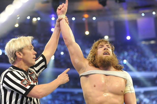 Daniel Bryan books his spot in the Main Event