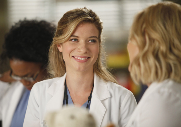Tessa Ferrer as resident Leah Murphy in Grey's Anatomy