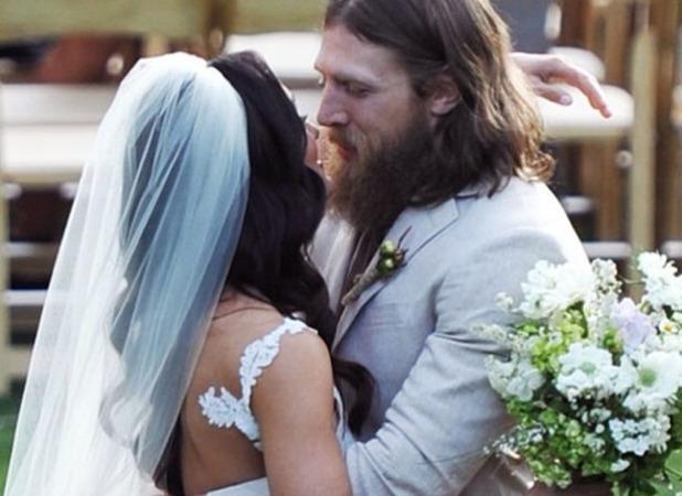 Daniel Bryan Daughter Wwe's Daniel Bryan Weds Brie