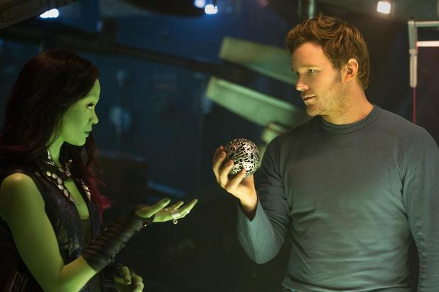 Zoe Saldana, Chris Pratt in Guardians of the Galaxy