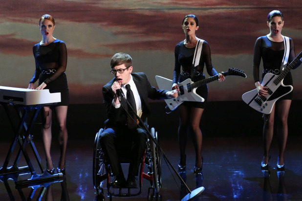 Kevin McHale as Artie in Glee S05E15: 'Tested'
