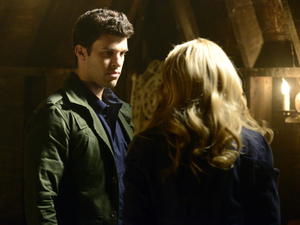 Steven Krueger as Josh and Leah Pipes as Cami in The Originals S01E19: 'An Unblinking Death'