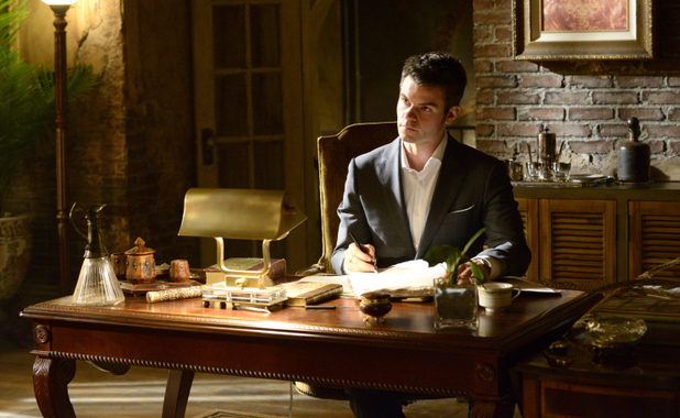 Daniel Gillies as Elijah in The Originals S01E19: 'An Unblinking Death'
