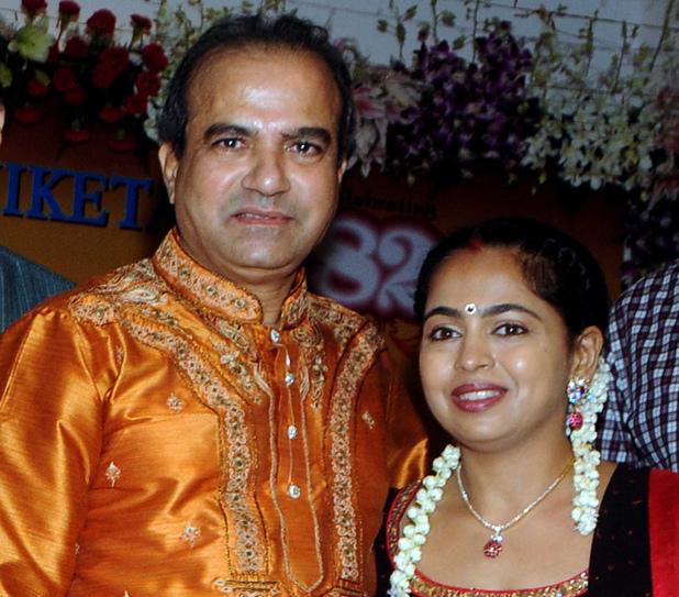 Suresh Wadkar with his wife Padma pose during the 14th Vasantotsav in Mumbai