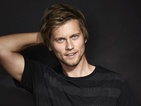 Tim Phillipps chats to us about playing Daniel and his love triangle storyline.