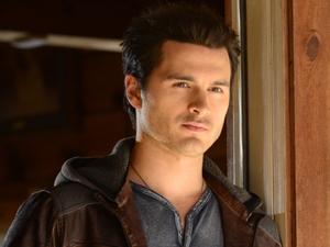Michael Malarkey as Enzo in The Vampire Diaries S05E20: 'What Lies Beneath'