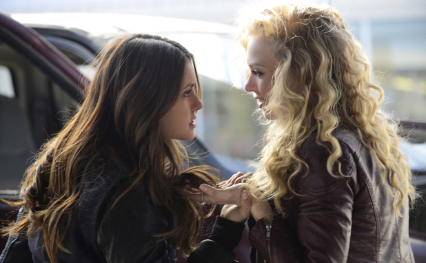 Nina Dobrev as Elena and Penelope Mitchell as Liv in The Vampire Diaries S05E21: 'Promised Land'