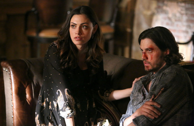 Phoebe Tonkin as Hayley and Nathan Parsons as Jackson in The Originals S01E21: 'The Battle of New Orleans'