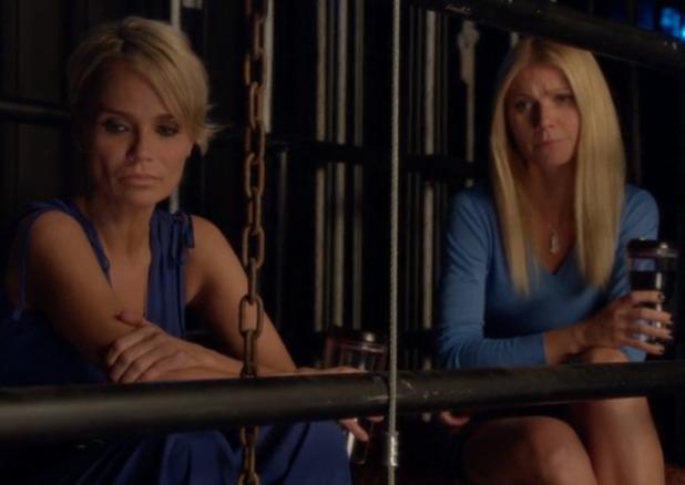 Kristin Chenoweth and Gwyneth Paltrow in Glee