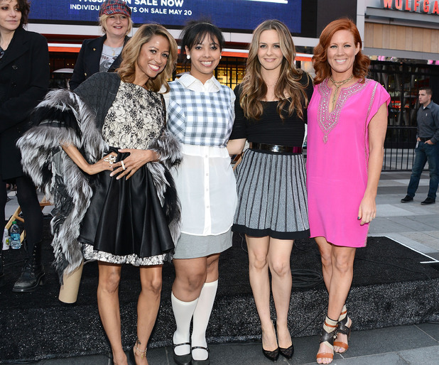 Alicia Silverstone reunites with Clueless cast at Los Angeles screening