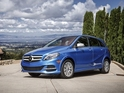 Digital Spy's Ben Griffin drives the B-Class Electric Drive in Silicon Valley.