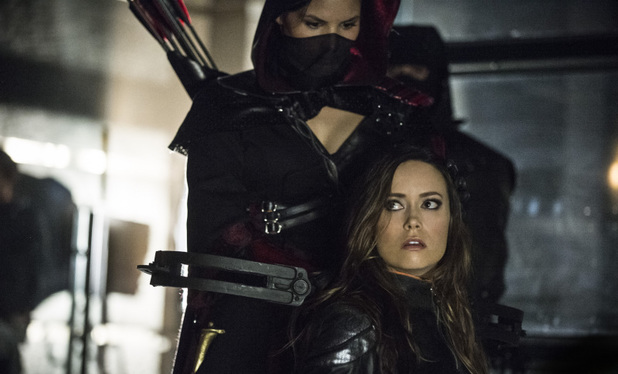 Katrina Law as Nyssa al Ghul and Summer Glau as Isabel Rochev in Arrow S02E23: 'Unthinkable'