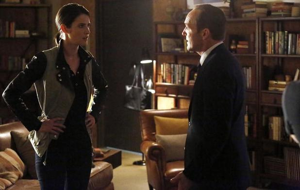 Cobie Smulders & Clark Gregg in Marvel's Agents of SHIELD: 'Nothing Personal'
