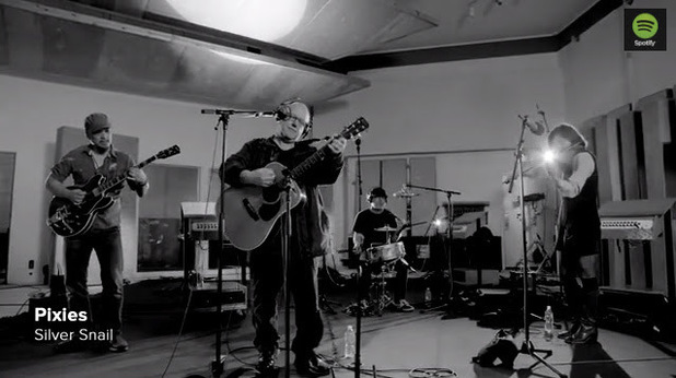 Pixies perform at their Spotify session.