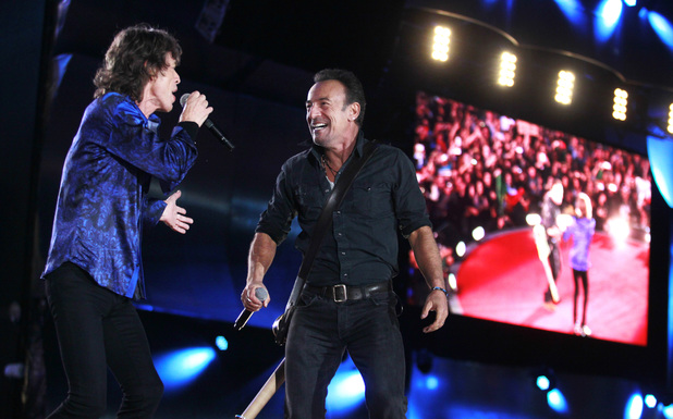Bruce Springsteen joins the Rolilng Stones on stage in Lisbon