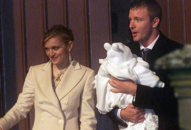 Madonna , Guy Ritchie and baby Rocco leaving Dornoch Cathedral in Scotland 12/21/2000 Photo: Dave Hogan/MP/Getty Images