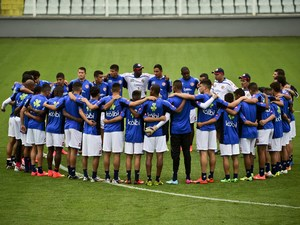 Costa Rica's national team members take part in a training session