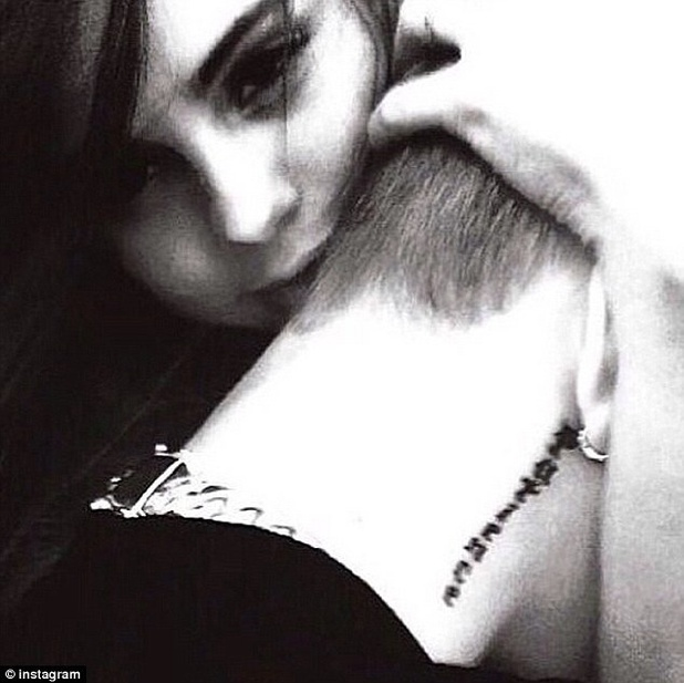 Justin Bieber and Selena Gomez embrace