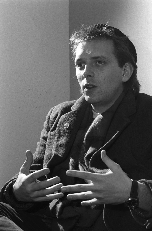 Rik Mayall being interviewed