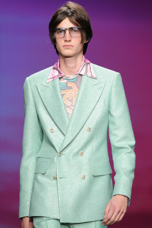 LONDON, ENGLAND - JUNE 15: A model walks the runway at the TOPMAN Design show during the London Collections: Men SS15 on June 15, 2014 in London, England. (Photo by Stuart C. Wilson/Getty Images)