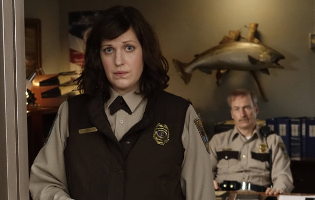 Allison Tolman as Molly Solverson & Bob Odenkirk as Bill Oswalt in Fargo S01E10: 'Morton's Fork'