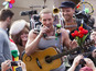 Watch Chris Martin as a one-man band