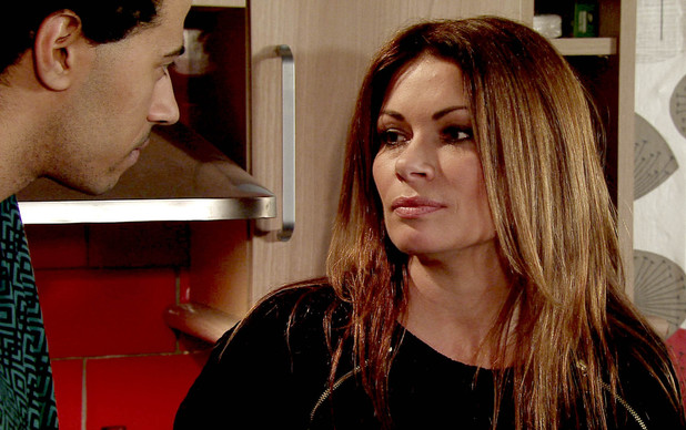 Will Luke respond to Carla's advances?