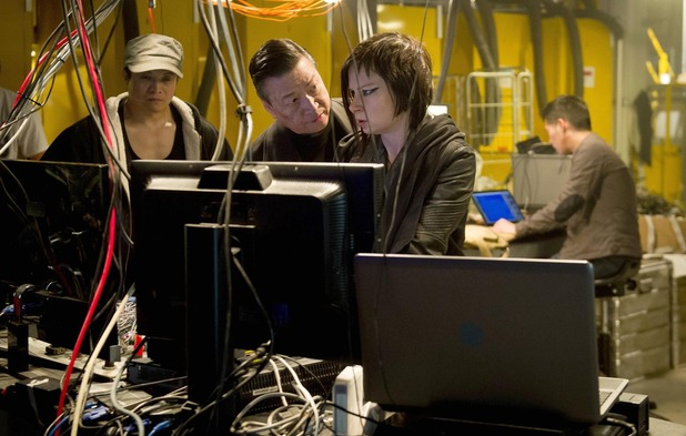 "Chloe (Mary Lynn Rajskub) is forced to help Cheng (Tzi Ma, C) in the ""8:00 PM - 9:00 PM"" episode of 24: LIVE ANOTHER DAY"