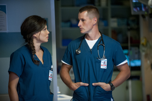 Jeananne Goosen as Krista and Brendan Fehr as Drew in The Night Shift