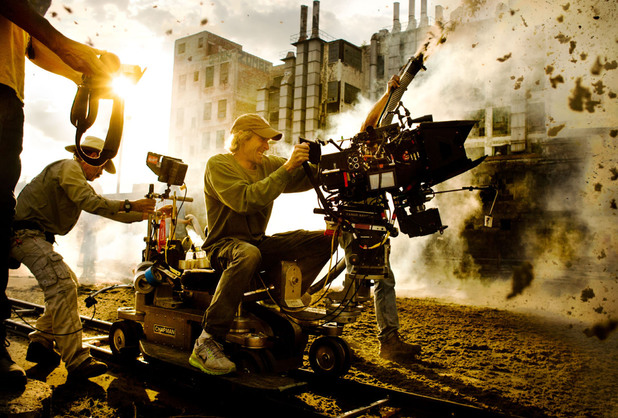Michael Bay directing Transformers Age of Extinction