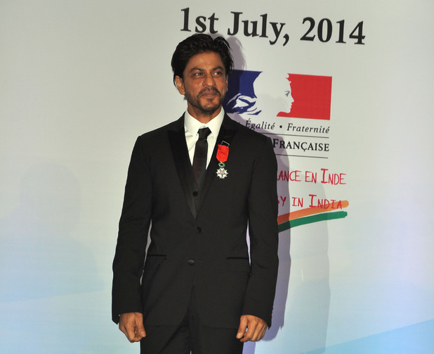 Shah Rukh Khan accepts Legion of Honour award