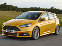 Former Stig Ben Collins races against the computer in the new Ford Focus ST.
