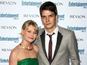 Emilie de Ravin to divorce husband