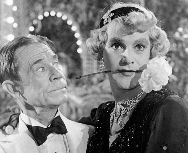 Jack Lemmon and Joe E. Brown in Some Like It Hot (1959)