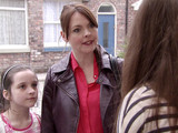 Tracy confronts Maddie and Sophie