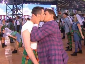 John Barrowman kisses man during Commonwealth Games Opening Ceremony