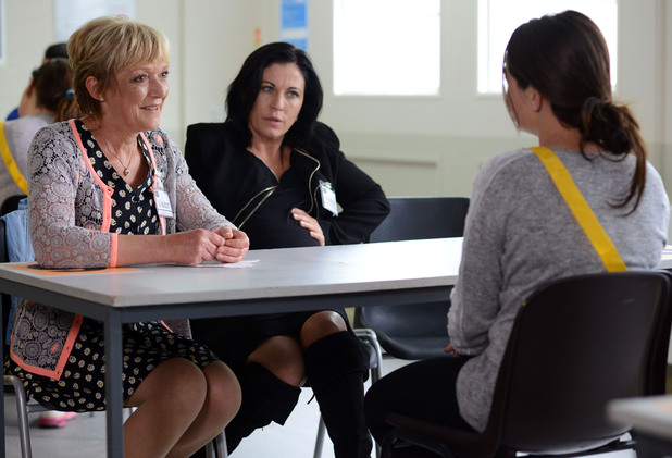 Jean tells Stacey her plan about an appeal and Kat agrees it might be worth a try